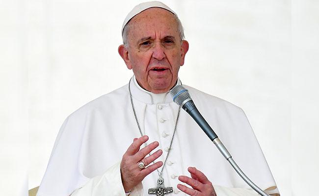 "Papa Francisco urge detener a los ""señores de la guerra"""