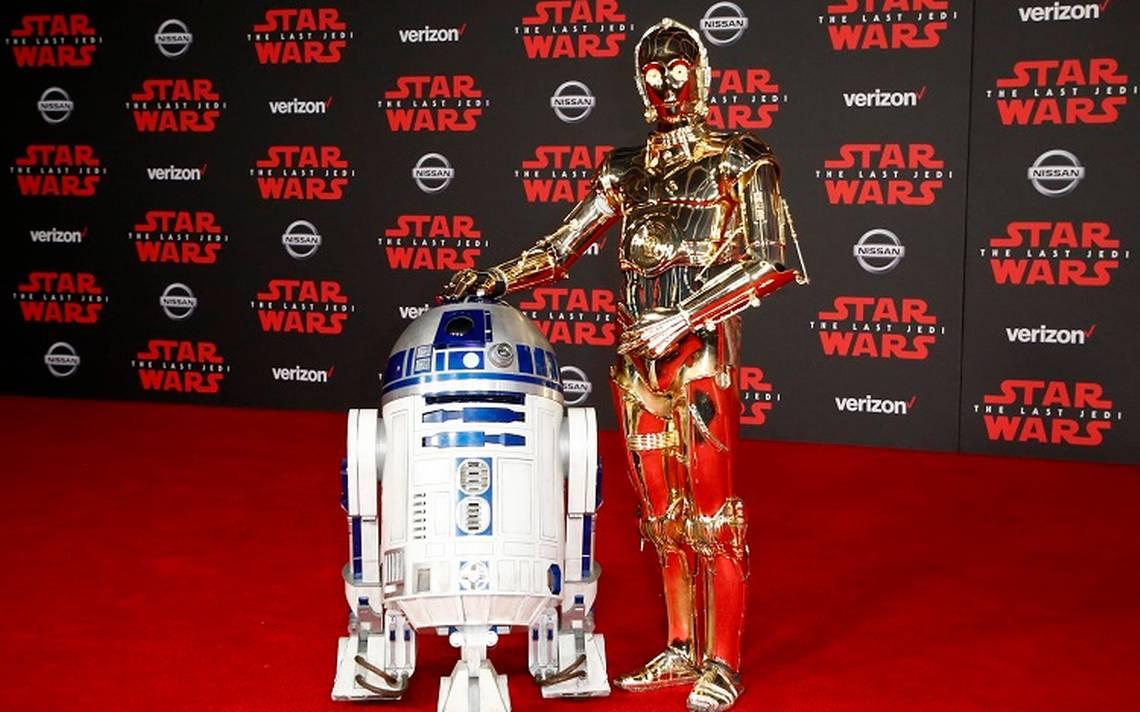 RD-D2 Y C-3PO engalanaron la premier de Star Wars: Los últimos Jedi en EU