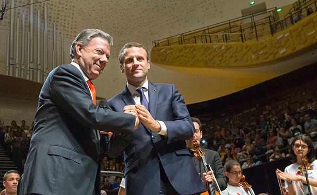 """""""Las FARC dejan de existir hoy"""", anticipa Juan Manuel Santos"""