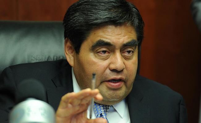 Senado reconoce a Miguel Barbosa como coordinador del PRD