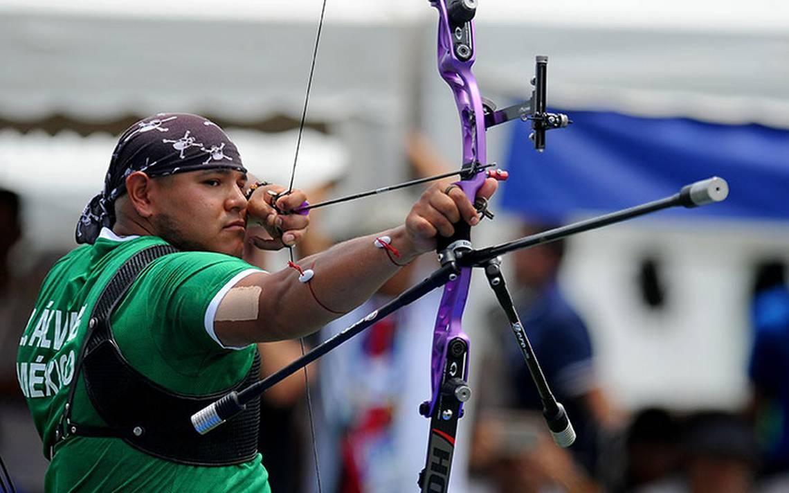 Alejandra Valencia y Luis Álvarez consiguen medalla de oro en tiro de arco