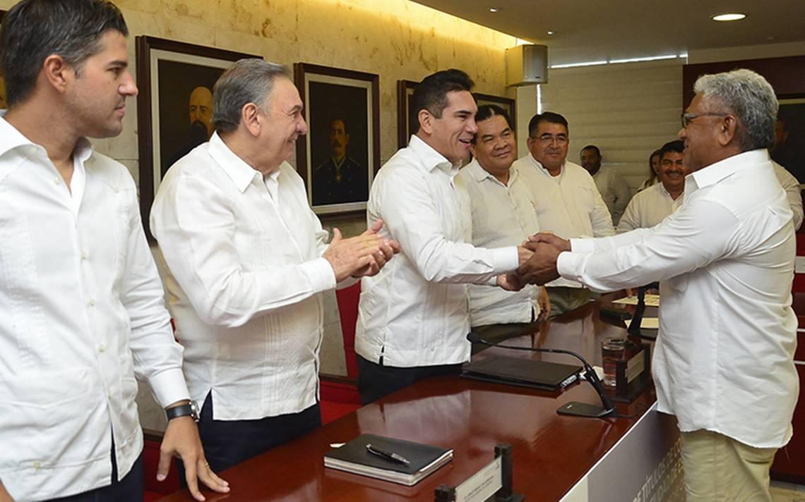 Ponen orden en transporte de Campeche