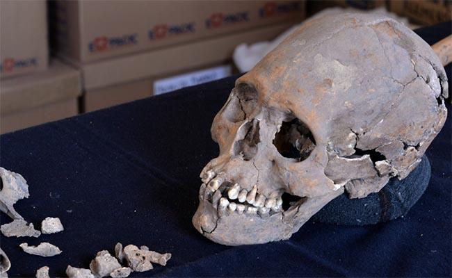 Osamenta de mujer hallada en Teotihuacán podría ser de mujer de la élite maya