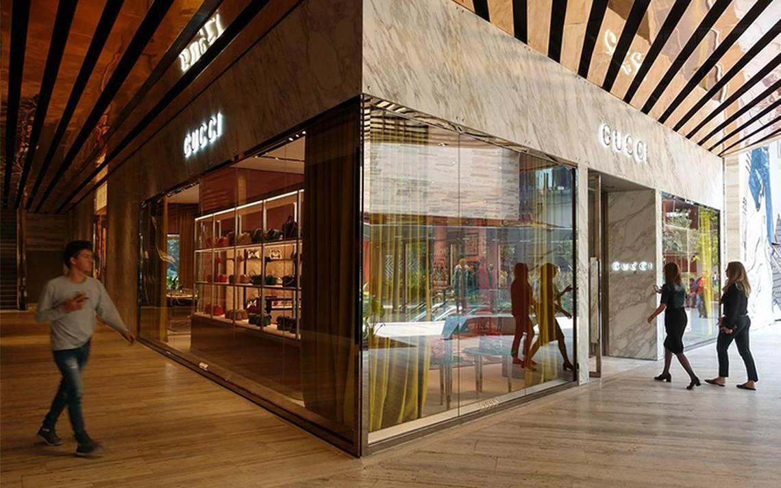 Asaltan tienda Gucci en Álvaro Obregón; el motín ronda los 3 mdp