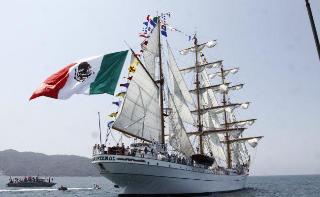 Cadete cae del Buque Cuauhtémoc cerca de la India; Marina ya la busca