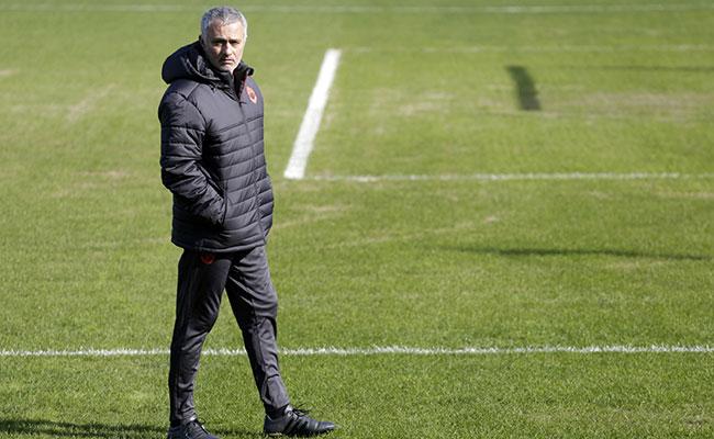 Grandes juegos en la Europa League, Manchester United y Roma dos grandes favoritos para ganar la copa