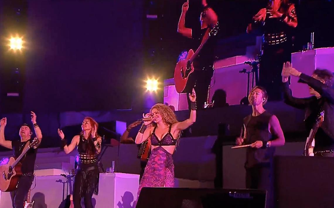 Shakira pone a bailar a los Juegos Centroamericanos de Barranquilla