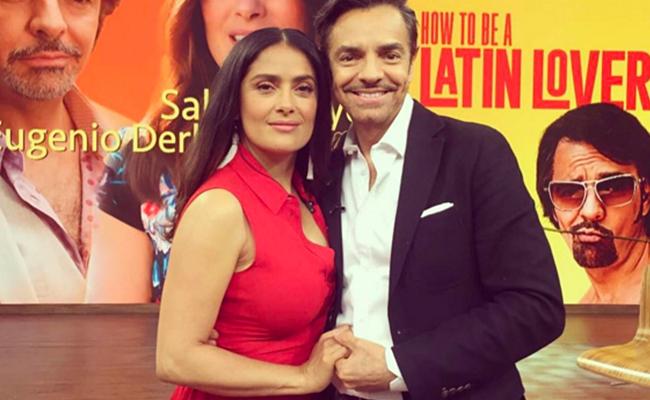 Salma y Eugenio sorprenden cantando con mariachi