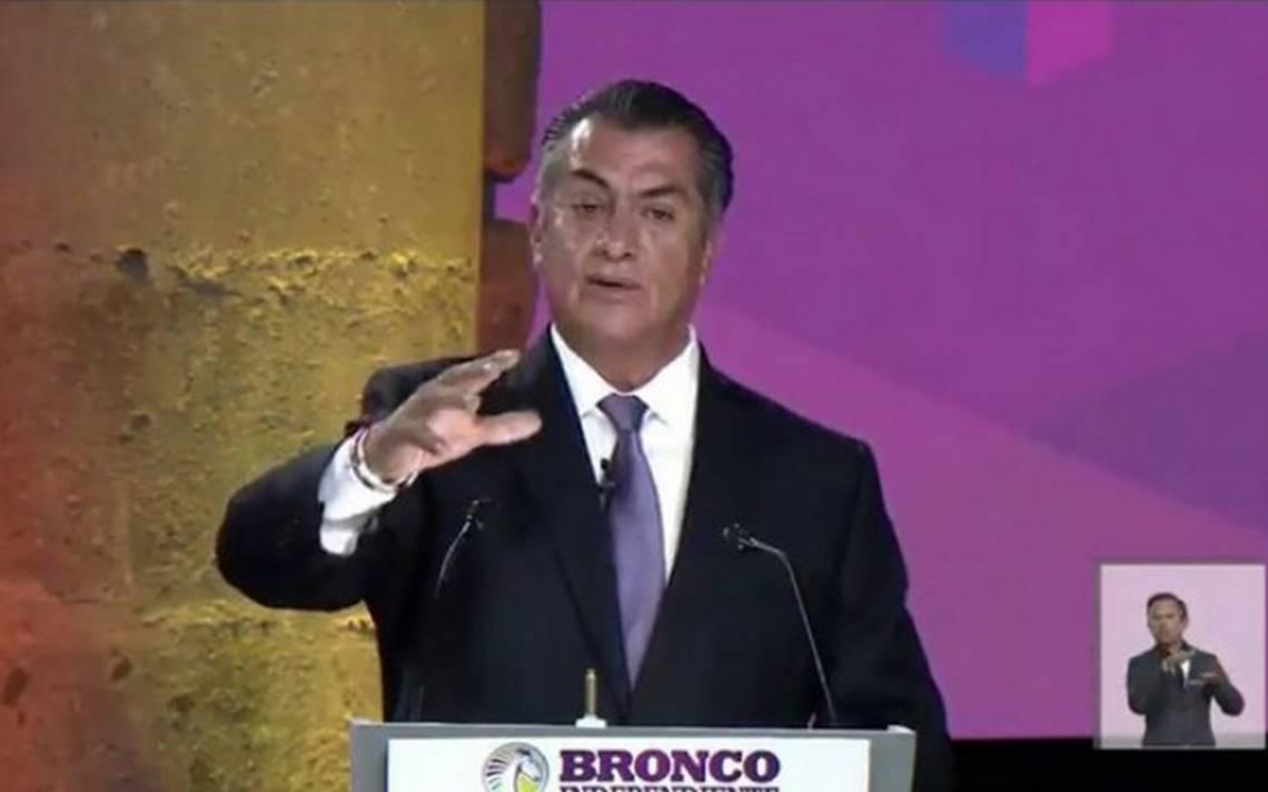 El Bronco celebra que sus fans aprueben que se mochen las manos a ladrones