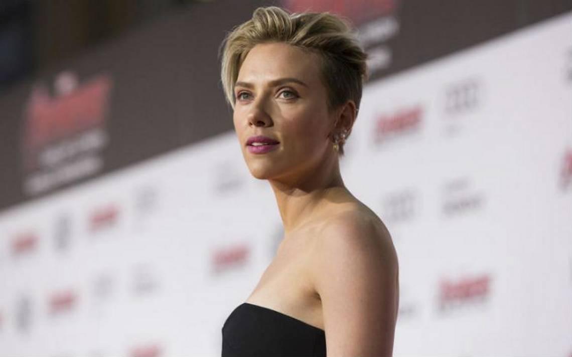 Tras lluvia de críticas, Scarlett Johansson renuncia a papel trans