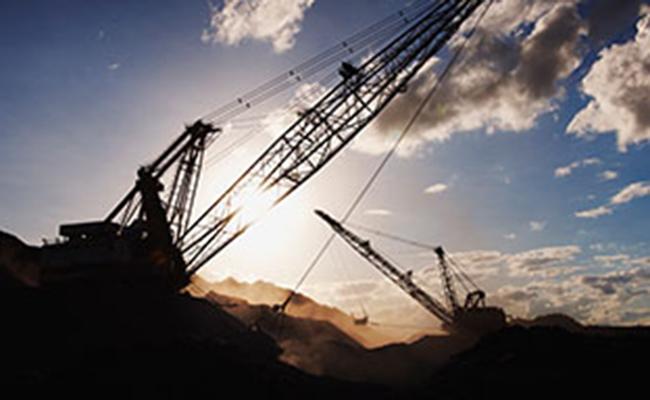Petróleo sufre fuerte baja por la prudencia de los mercados