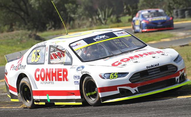 Max González disputará la Nascar Peak México Series