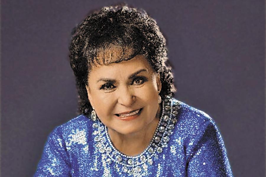 Carmen Salinas, en el teatro de la vida
