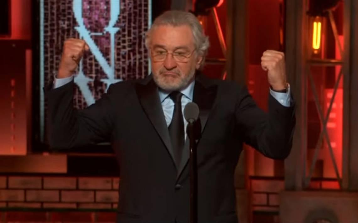 """""""Fuck Trump"""": Robert de Niro se lanza contra el presidente de EU y lo ovacionan en los Premios Tony"""