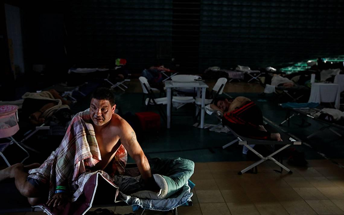 Súper apagón deja paralizado y aislado a Puerto Rico tras paso de María