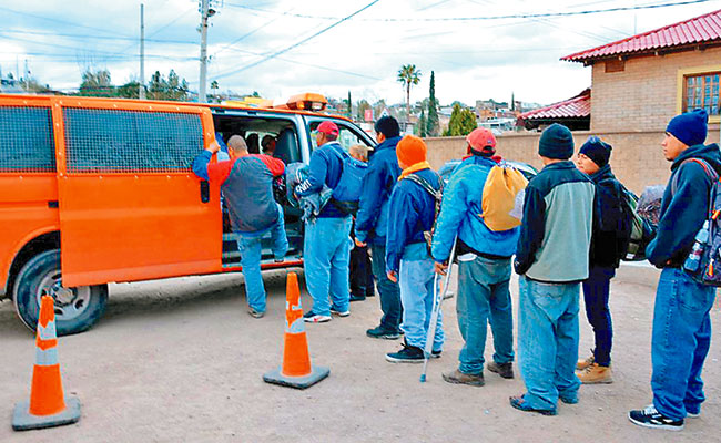 Regresan inmigrantes a la Mixteca por Trump