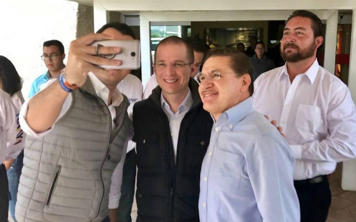 Propuesta de bajar precio a gasolina no es populista: Ricardo Anaya