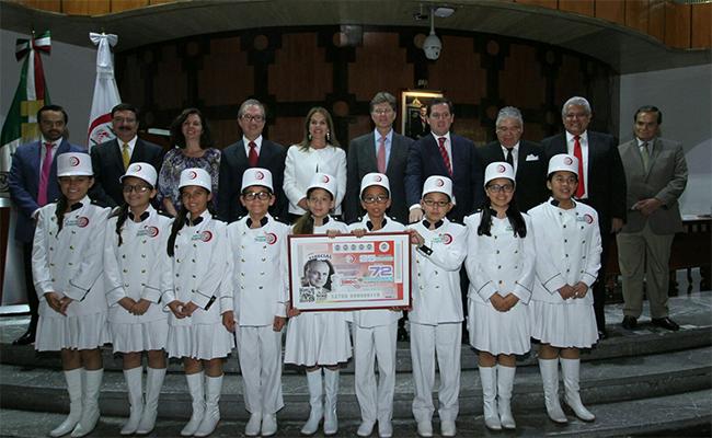Lotería Nacional homenajea con serie a Lorenzo Servitje, fundador de Bimbo