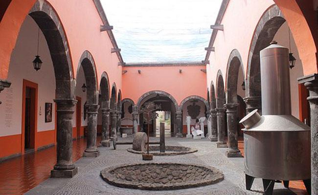 Museo del Tequila albergará el Vaivén de Montserrat Martínez