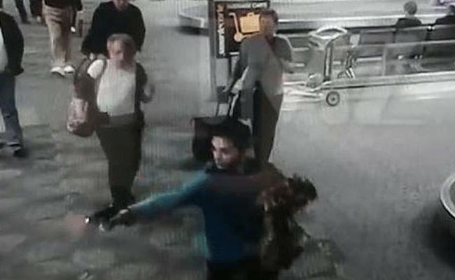 Revelan video del joven que tirotea el aeropuerto de Florida