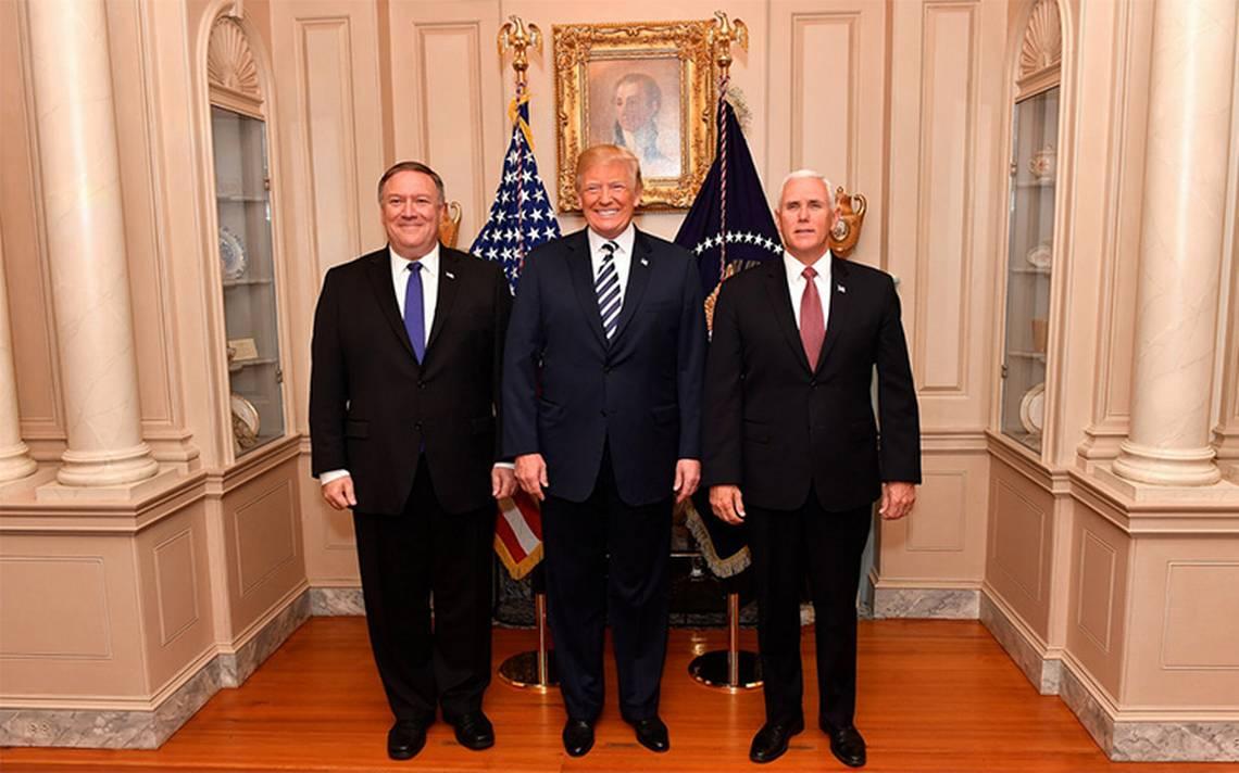 Pence y Pompeo niegan ser autores del artículo anónimo contra Trump