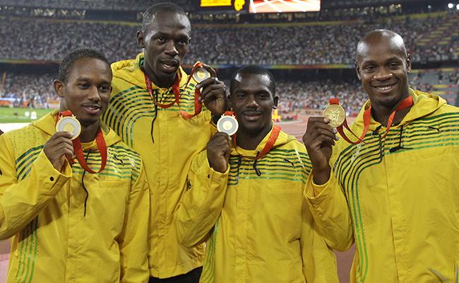 Usain Bolt devolvió la medalla de oro ganada en Juegos Olímpicos