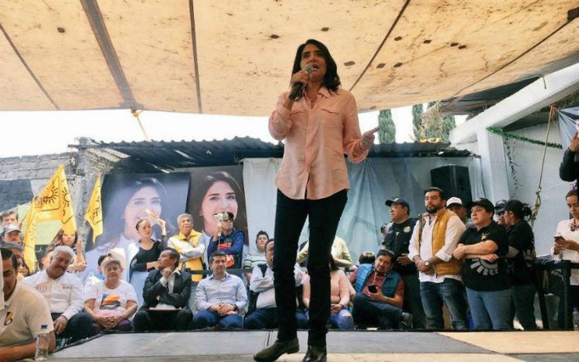 Alejandra Barrales presenta plan para garantizar derechos de animales