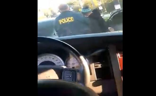 [Video] Exigen liberación de migrante arrestado frente a la escuela de sus hijos