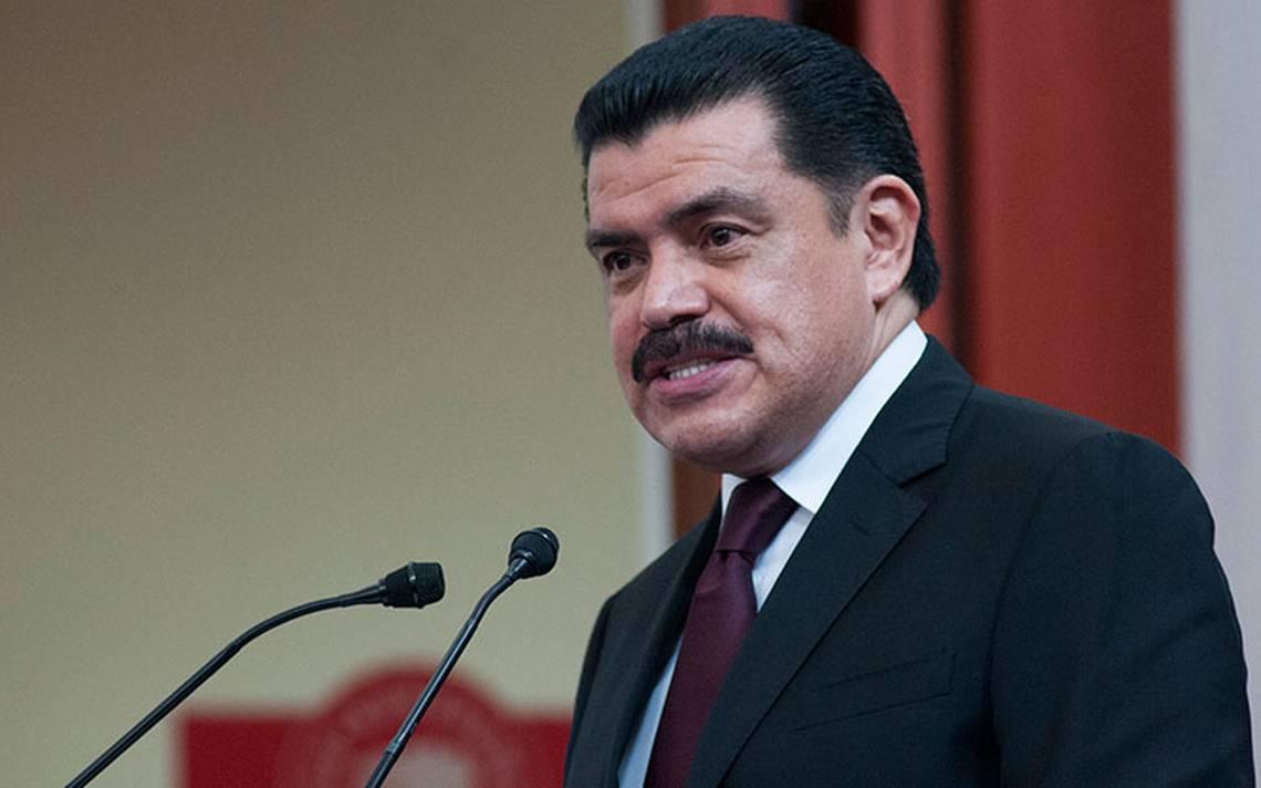 Francisco Olvera toma las riendas del PRI capitalino