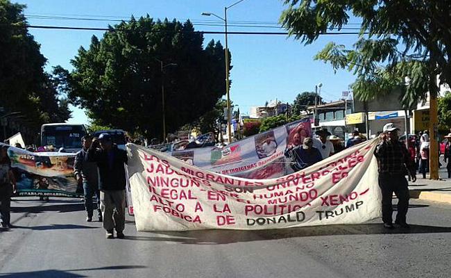 Organización RIIO protesta en contra de Donald Trump