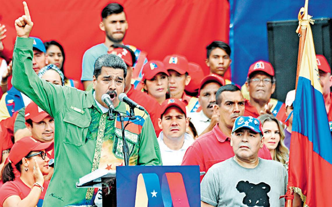 Maduro da cierre a su campaña electoral; promete resolver crisis económica
