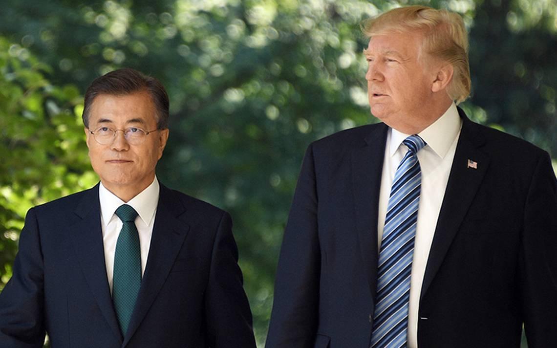 Las cosas van muy bien: Trump sostiene charla con presidente de Corea del Sur