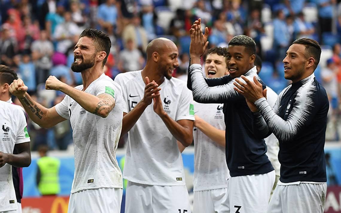 Francia supera a Uruguay 2-0 y avanza a semifinales