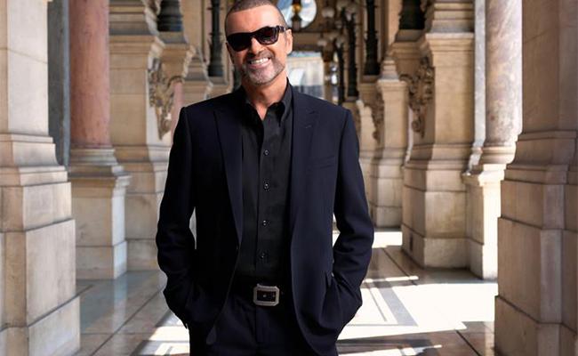 George Michael reingresa a lista de éxitos musicales