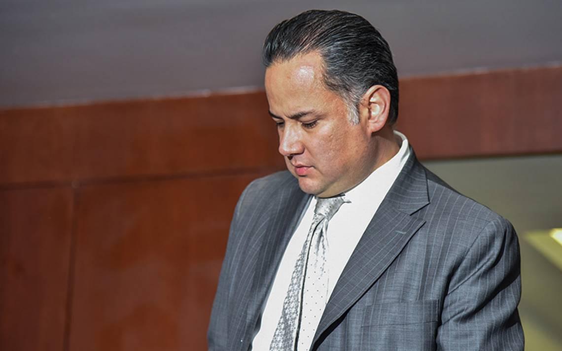 Santiago Nieto revela al WSJ que gobierno mexicano intentó sobornarlo y luego lo amenazó