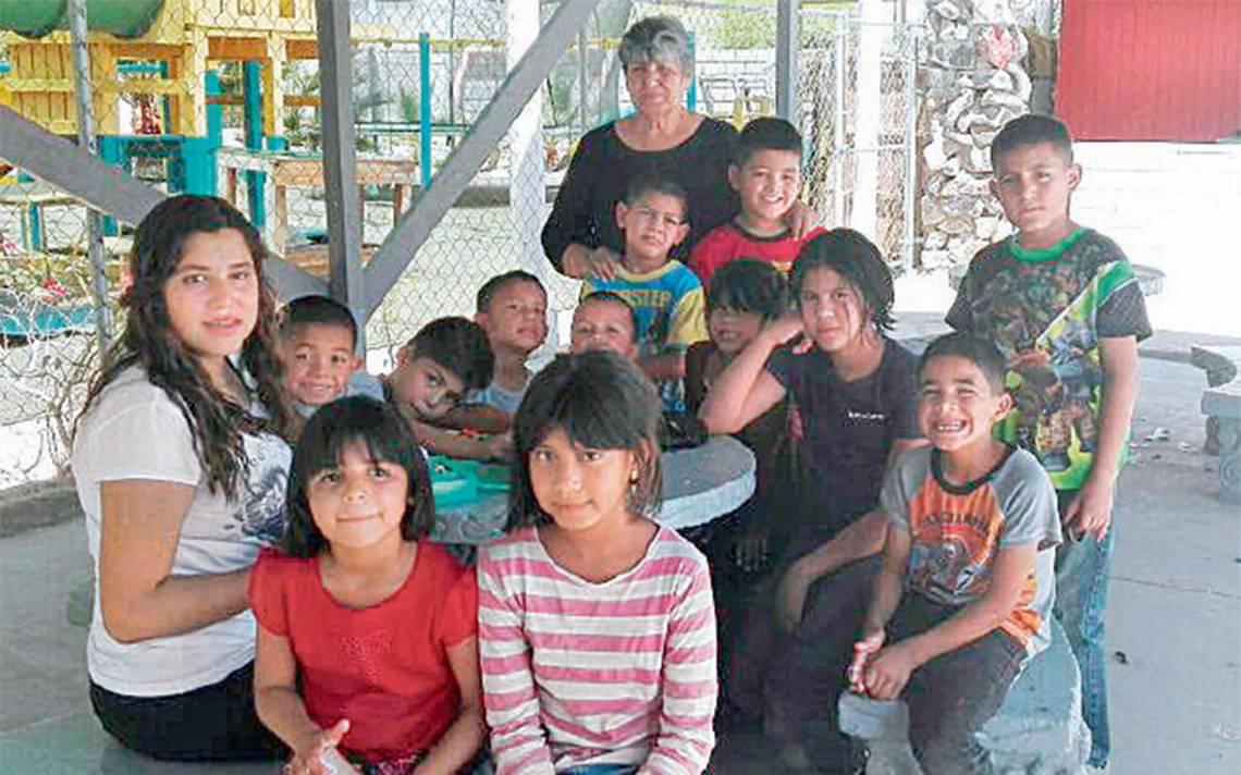 """Bertha Bobadilla por tres décadas ha atendido a los niños del albergue infantil """"Bethel"""""""