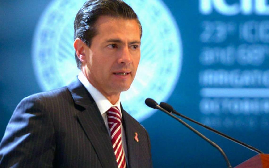 En privado, Peña Nieto promulga Ley de Desaparición