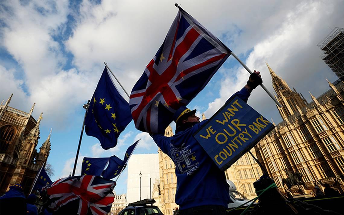 Unión Europea tiende la mano para evitar Brexit