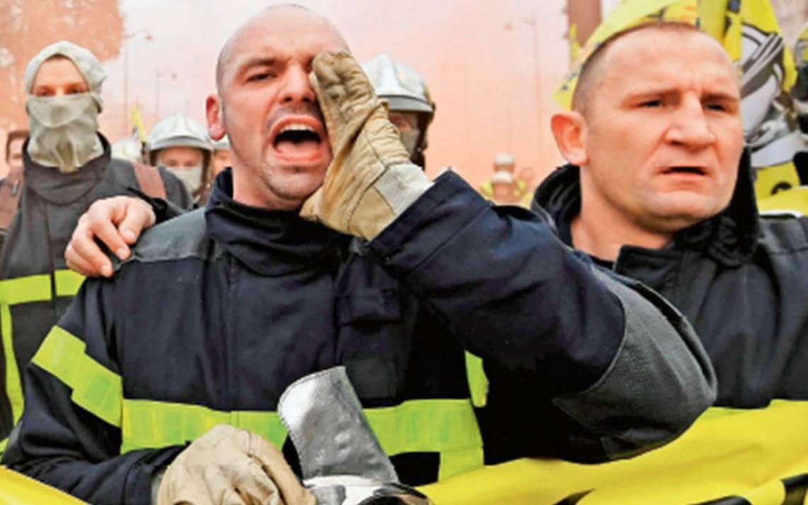 Acusados de agresiones sexuales: cae mito de los bomberos franceses
