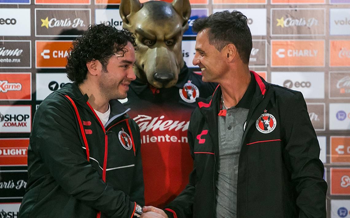 Presentan a Diego Cocca con los Xolos de Tijuana