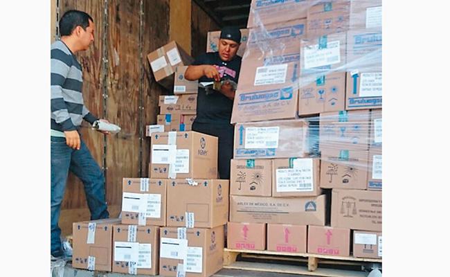 Entregan cargamento para 72 Centros de Salud de Veracruz
