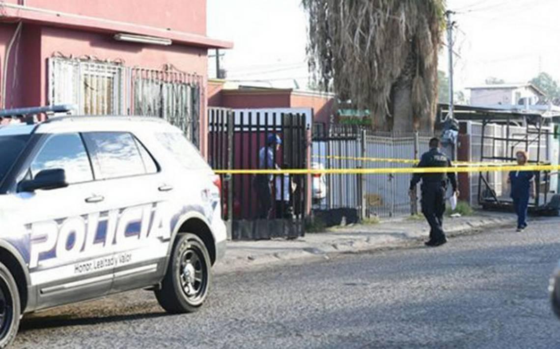 Mujer en estado de ebriedad toma un arma y dispara por accidente a su hijo