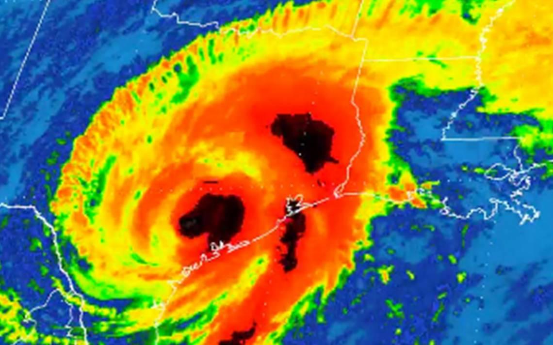 Huracán Harvey pierde fuerza y se degrada a tormenta tropical