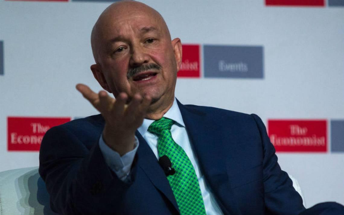 """Carlos Salinas felicita a López Obrador; """"bienvenida la reconciliación"""", dice"""