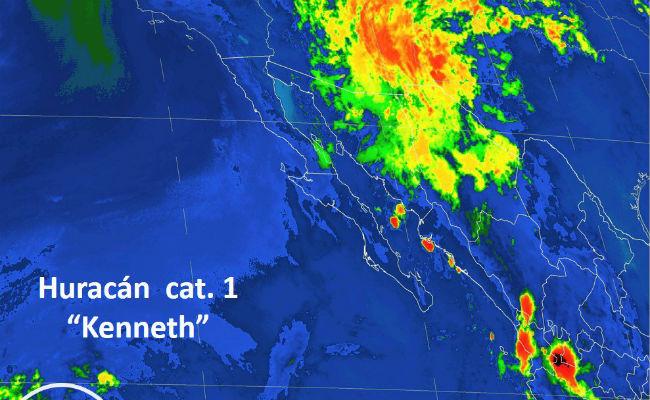 Kenneth se fortalece a huracán categoría 1 sin afectar costas mexicanas