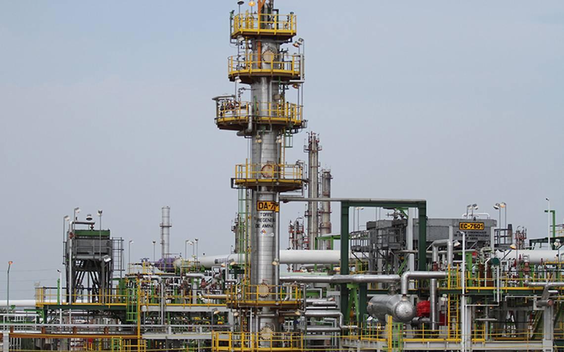 Peña Nieto anuncia hallazgo de yacimiento petrolífero en Cosamaloapan, Veracruz