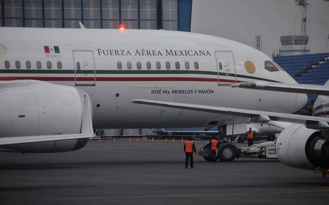Falla en avión presidencial obliga a Peña Nieto a cambiar de aeronave