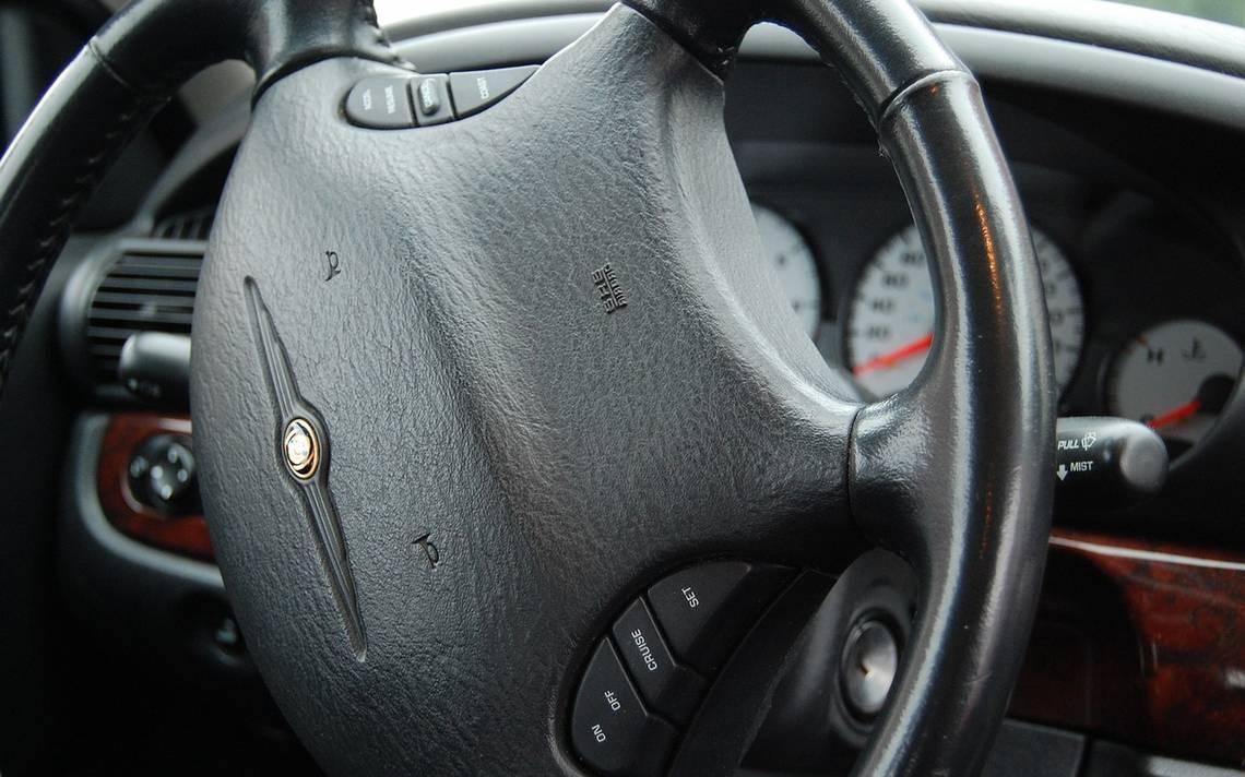 Profeco emite alerta por fallas en más de 122 vehículos