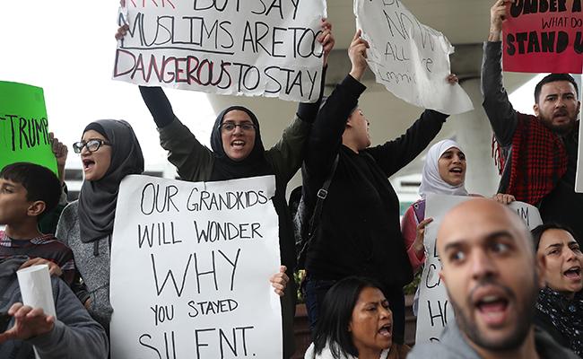 Mantiene EU prohibición sobre inmigrantes musulmanes,pese a revés judicial
