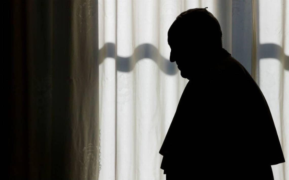 Vaticano investiga posibles relaciones sexuales entre monaguillos